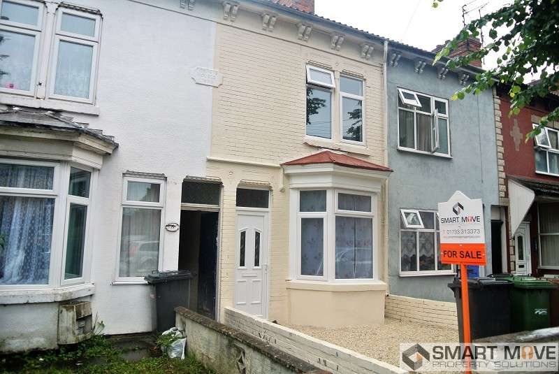 3 Bedrooms Terraced House for sale in Dogsthorpe Road, Peterborough, Cambridgeshire. PE1 3AY