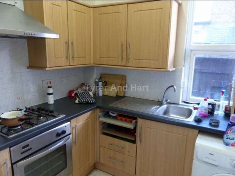 5 Bedrooms House Share for rent in Egerton Road, Liverpool