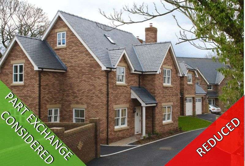 5 Bedrooms Detached House for sale in Grosvenor Court, Northop