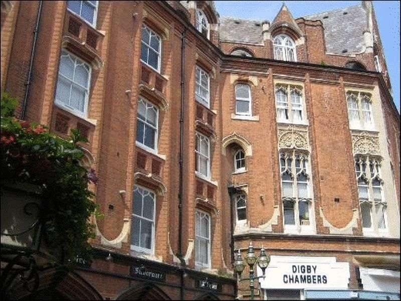 3 Bedrooms Flat for sale in Post Office Road, Bournemouth