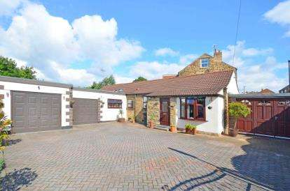 4 Bedrooms Bungalow for sale in Sothall Green, Beighton, Sheffield, South Yorkshire