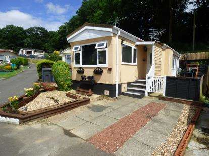 1 Bedroom Mobile Home for sale in Upper Toothill Road, Rownhams, Southampton