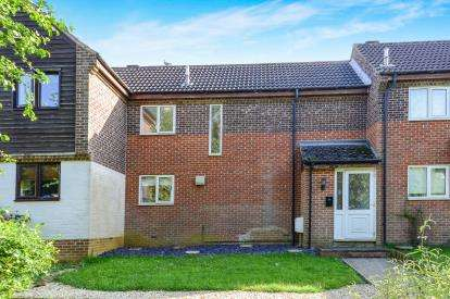 3 Bedrooms Terraced House for sale in Conifer Rise, Banbury, Oxfordshire, Oxon