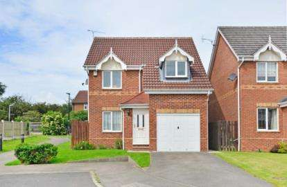 3 Bedrooms Detached House for sale in McLoughlin Way, Kiveton Park, Sheffield, South Yorkshire