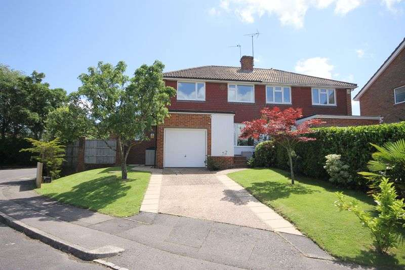 3 Bedrooms Semi Detached House for sale in Millbank, Burgess Hill, West Sussex