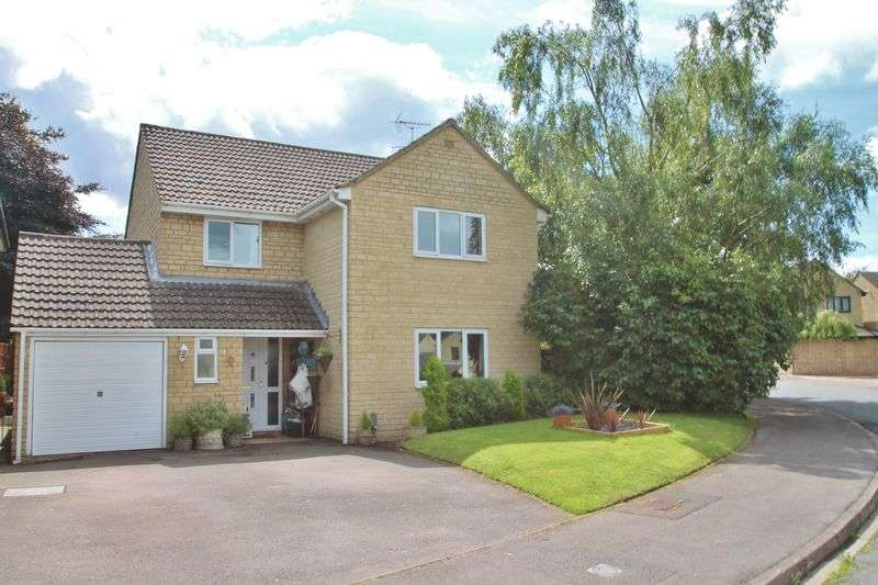 4 Bedrooms Detached House for sale in Partridge Way, Cirencester, Gloucestershire