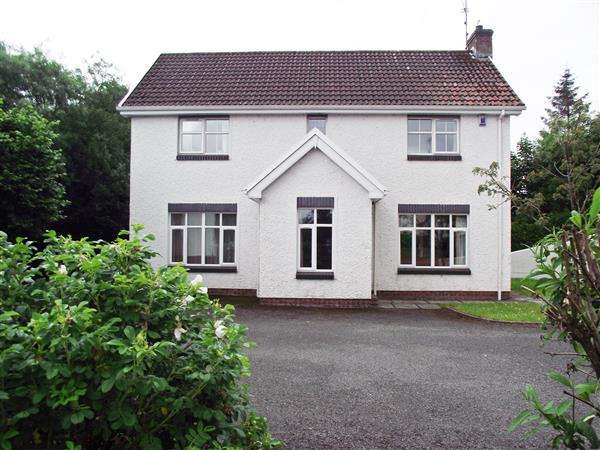 3 Bedrooms Detached House for sale in Drumgarrow Court