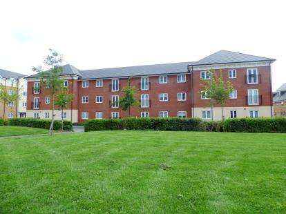 2 Bedrooms Flat for sale in Pollock Court, 3 Dodd Road, Watford, Hertfordshire