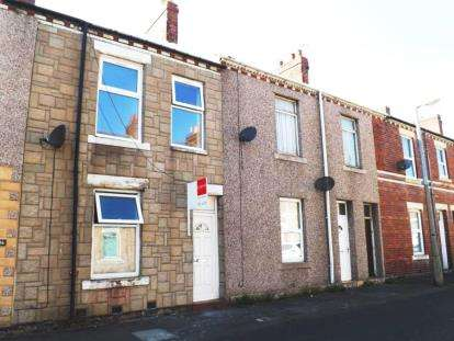 3 Bedrooms Terraced House for sale in Richard Street, Blyth, Northumberland, NE24