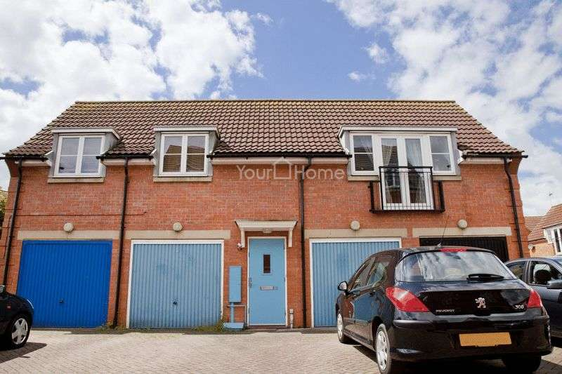 2 Bedrooms Flat for sale in Ross Close, Lincoln