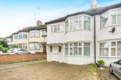 3 Bedrooms Semi Detached House for sale in Colney Hatch Lane, London