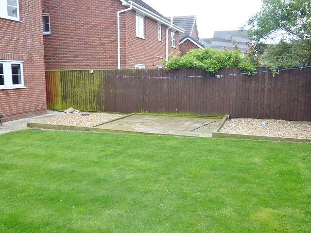 5 Bedrooms Detached House for sale in Jefferson Drive, Chapelford, Warrington