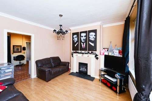 2 Bedrooms Terraced House for sale in Alexandra Road, Lancaster, LA1