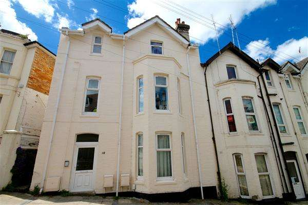 1 Bedroom Flat for sale in Tregonwell Road, Bournemouth