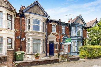 1 Bedroom Flat for sale in Portsmouth, Hampshire, United Kingdom