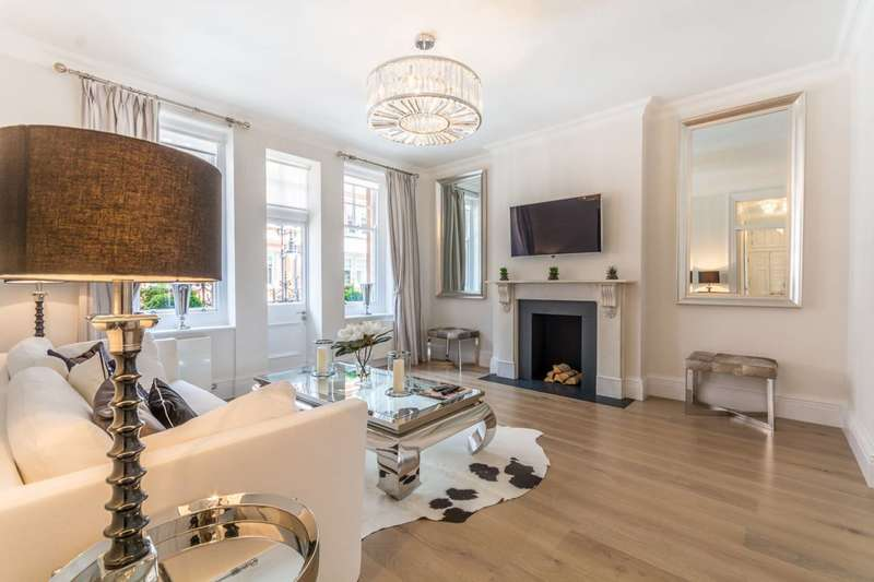 3 Bedrooms Flat for sale in Duke Street, Mayfair, W1K