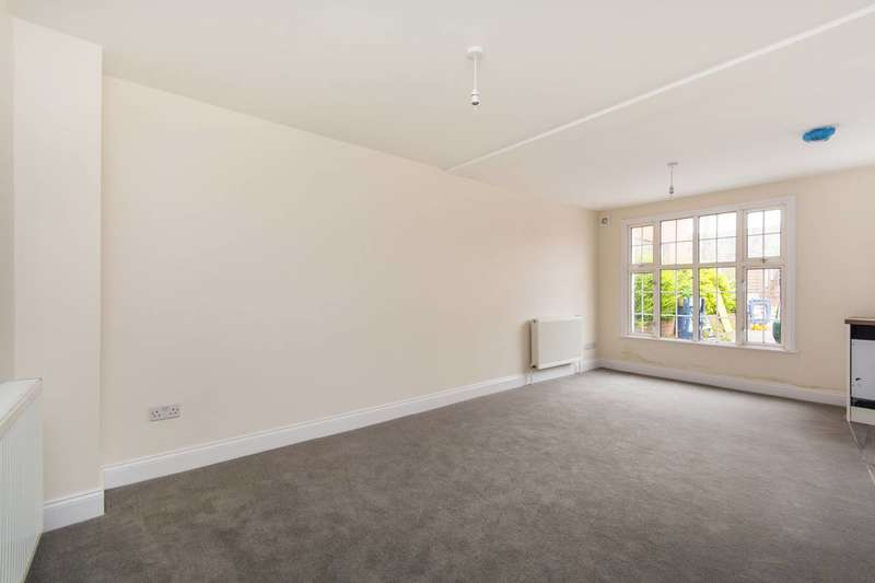 1 Bedroom Flat for sale in Throwley Way, Sutton, SM1