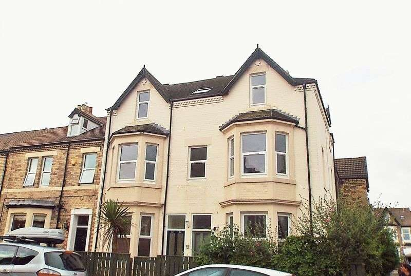 2 Bedrooms Flat for sale in Delaval Road, Whitley Bay