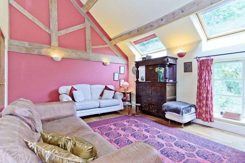 3 Bedrooms Semi Detached House for sale in Shrewsbury Road, Much Wenlock