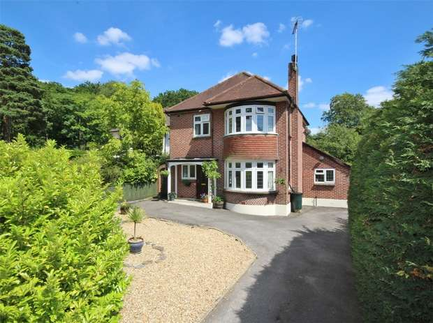 3 Bedrooms Detached House for sale in Constitution Hill Road, Lower Parkstone, POOLE, Dorset