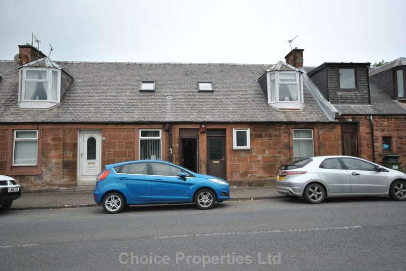 3 Bedrooms Flat for sale in Loudoun Road, Newmilns, KA16 9HF