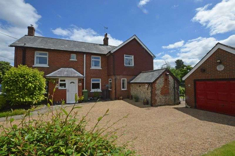 4 Bedrooms Semi Detached House for sale in Ropley village centre, Alresford, Hampshire