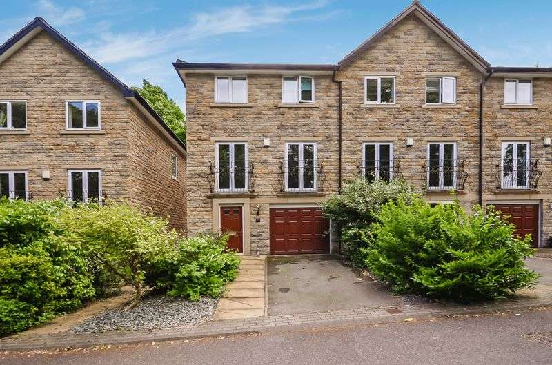 4 Bedrooms House for sale in 4 Dunstan Grove, Cleckheaton, BD19