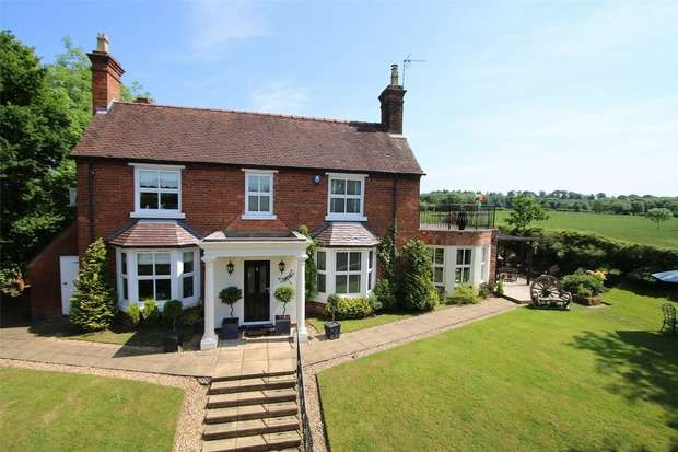 3 Bedrooms Detached House for sale in Bank House, Yieldingtree, Broome, STOURBRIDGE