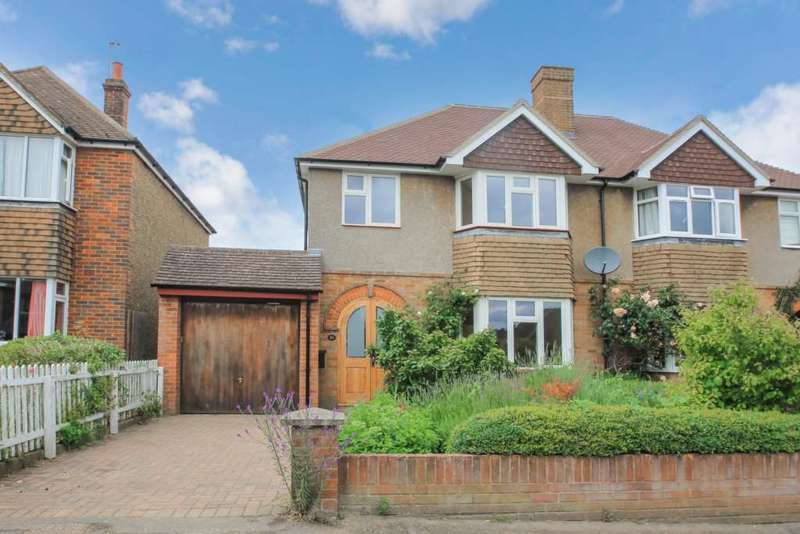 3 Bedrooms Semi Detached House for sale in Highfield Road, Tring