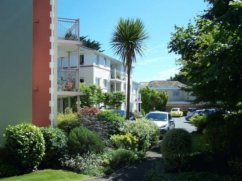 1 Bedroom Retirement Property for sale in Stanley Court, Torquay, TQ1 3JJ