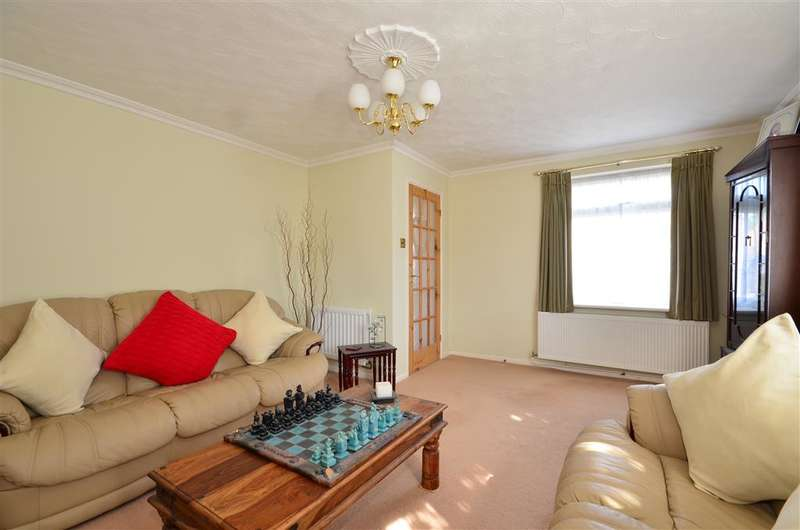3 Bedrooms Link Detached House for sale in Kensington Road, Chichester, West Sussex
