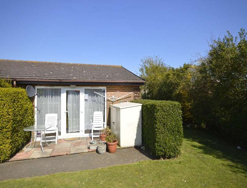 2 Bedrooms Detached Bungalow for sale in Reach Road, St. Margarets-At-Cliffe, Dover, CT15