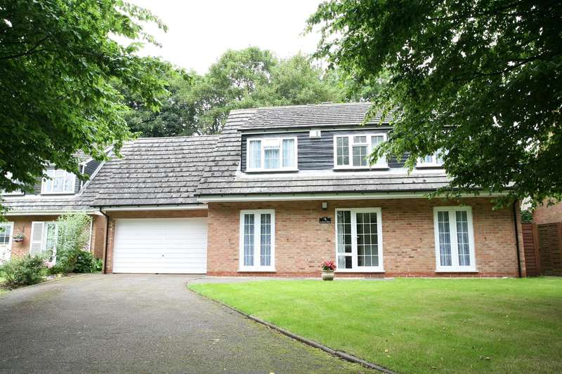 4 Bedrooms House for sale in Holly Walk, Finedon, Wellingborough