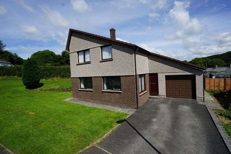 4 Bedrooms Detached House for sale in Attery View, Yeolmbridge, Launceston