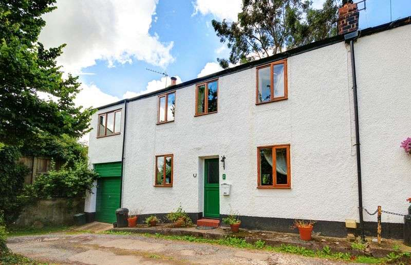 3 Bedrooms Terraced House for sale in Midway Terrace, Exeter