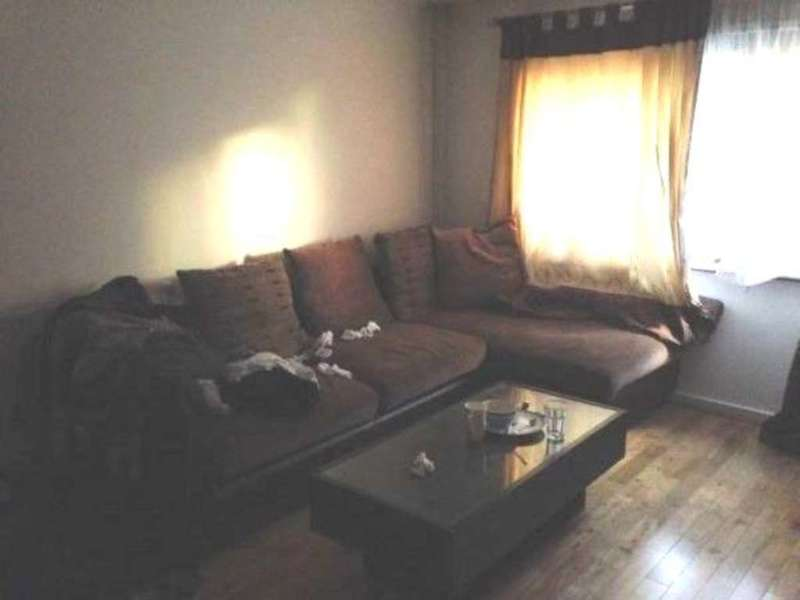 2 Bedrooms Flat for sale in Mink Court, Hounslow