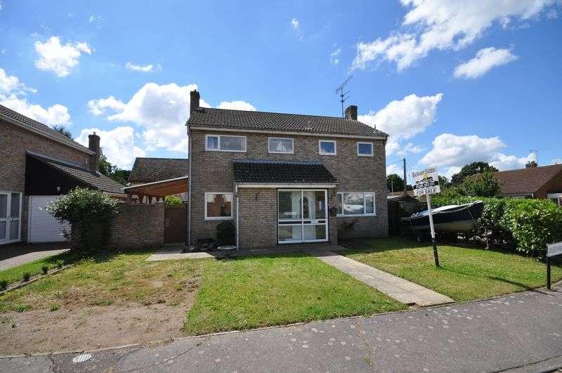 3 Bedrooms Detached House for sale in Queensbury Close, West Mersea, Essex