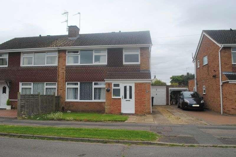 3 Bedrooms Semi Detached House for sale in Queensway, Higham Ferrers