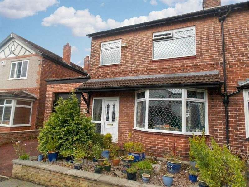 3 Bedrooms Semi Detached House for sale in Stott Road, Swinton, Manchester