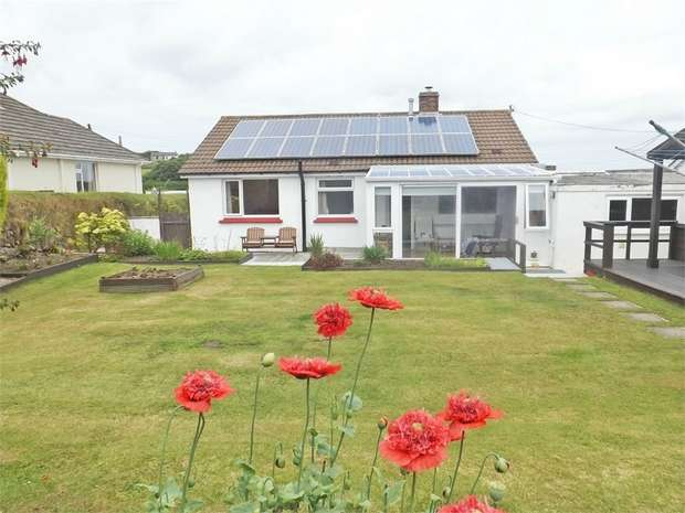 2 Bedrooms Detached Bungalow for sale in Carnkie, Redruth, Cornwall