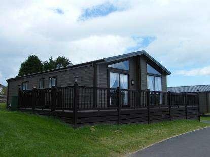 3 Bedrooms Mobile Home for sale in Gillard Road, Brixham, Devon
