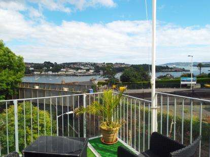 3 Bedrooms Link Detached House for sale in Saltash, Cornwall