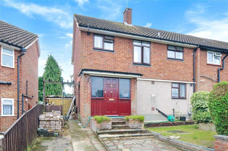 3 Bedrooms Semi Detached House for sale in Durrants Drive, Croxley Green, Hertfordshire, WD3