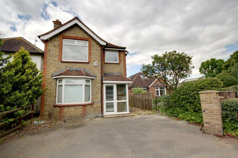 3 Bedrooms Detached House for sale in New Haw Road, Addlestone, Surrey, KT15