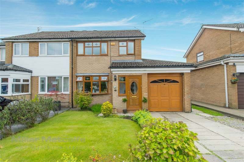 3 Bedrooms Semi Detached House for sale in Haslam Hey Close, Lowercroft, Bury, Lancashire