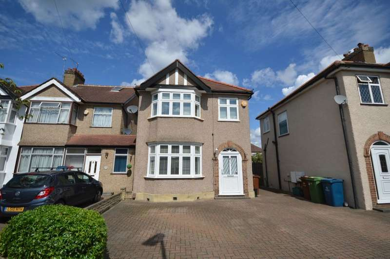3 Bedrooms Detached House for sale in Park Crescent, Harrow, HA3