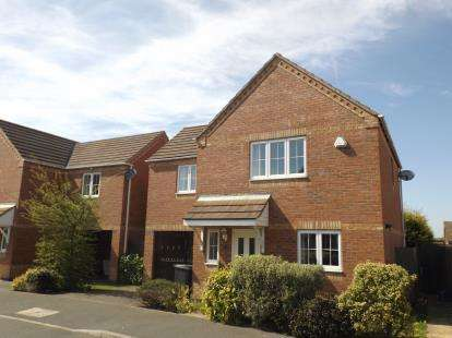 3 Bedrooms Detached House for sale in Ashleigh Avenue, Sutton-in-Ashfield