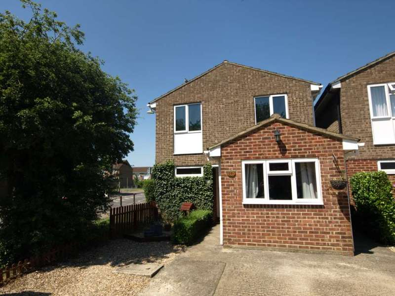 5 Bedrooms Detached House for sale in Sterling Close, Bicester