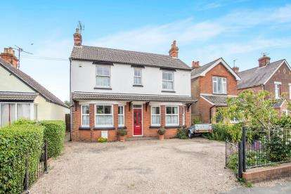 3 Bedrooms Detached House for sale in Marks Tey, Colchester, Essex