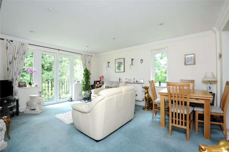 2 Bedrooms Apartment Flat for sale in Highgrove, Winnersh Grove, Wokingham, Berkshire, RG41